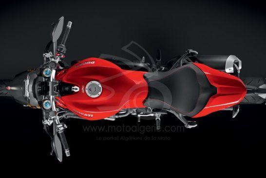 DUCATI-Monster-1200S-MY18-Red-13-Slider-Gallery-1920x1080