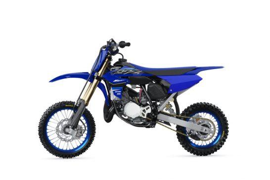 2021-Yamaha-YZ65-EU-Icon_Blue-360-Degrees-024-03_Tablet