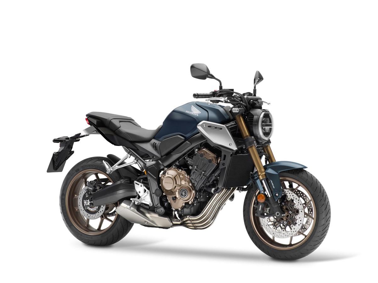 Honda CB650R 2021 : Nouvelle fourche, moteur aux normes Euro5 et nouveaux caches latéraux