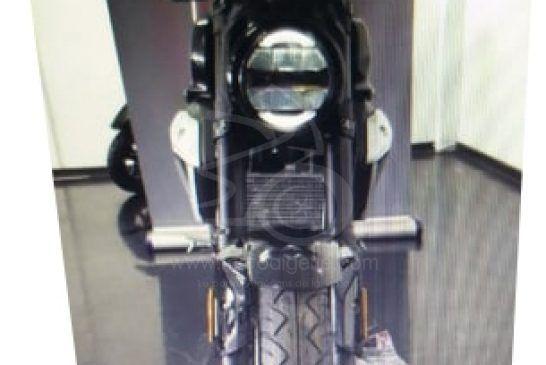 AS MOTORS V8 150 Milano 2020 avant