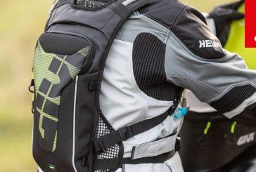 GIVI présente le nouveau sac à dos avec sac Hydrapak intégré !
