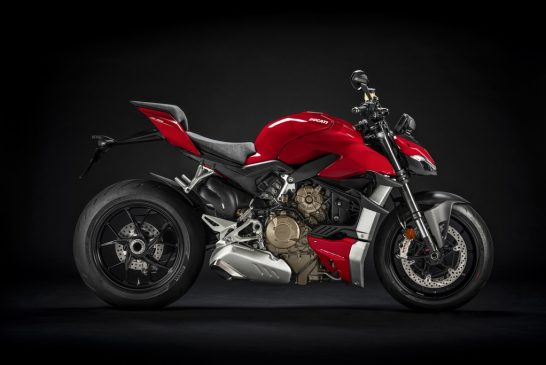 MY20_DUCATI_STREETFIGTHER V4 S_27_UC101714_Mid