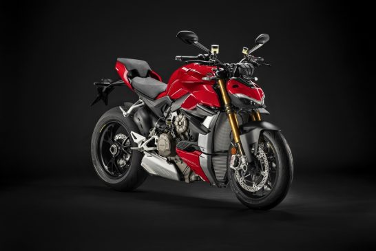 MY20_DUCATI_STREETFIGTHER V4 S_UC128699_Mid