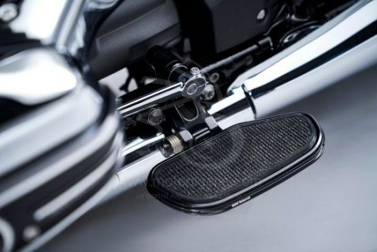 P90386378_lowRes_the-bmw-r-18-04-2020