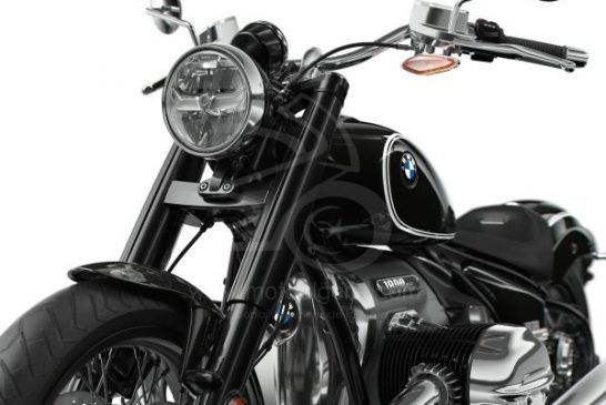 P90386698_lowRes_the-bmw-r-18-04-2020