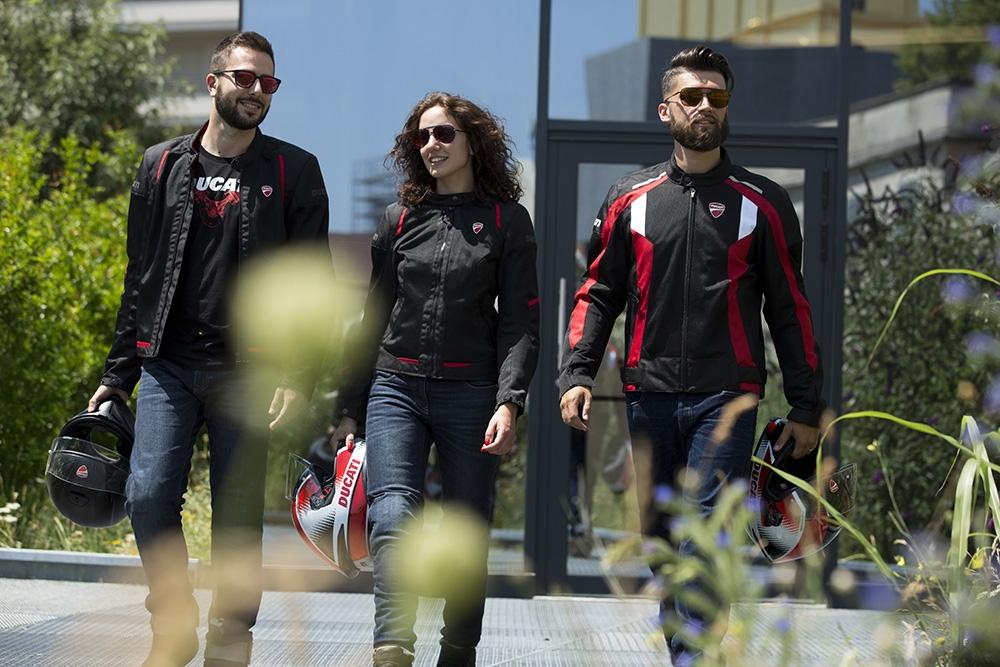 Ducati : Nouvelle ligne de vêtements ventilés pour un été en fraicheur !