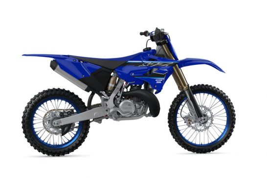 2021-Yamaha-YZ250LC-EU-Icon_Blue-360-Degrees-006-03_Tablet
