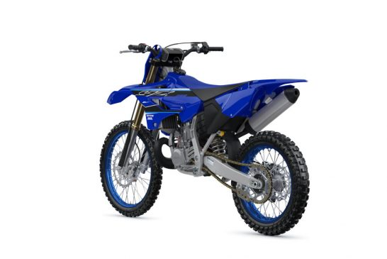2021-Yamaha-YZ250LC-EU-Icon_Blue-360-Degrees-018-03_Tablet