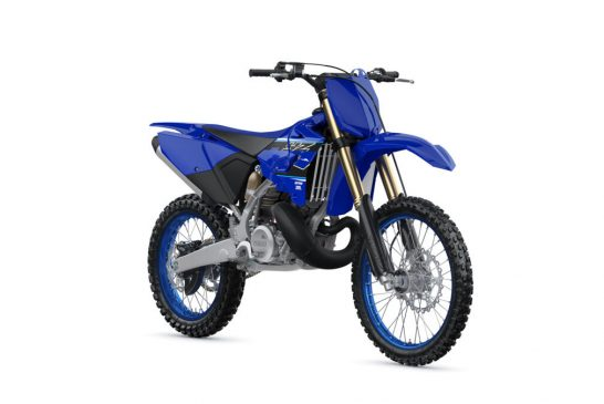2021-Yamaha-YZ250LC-EU-Icon_Blue-360-Degrees-036-03_Tablet