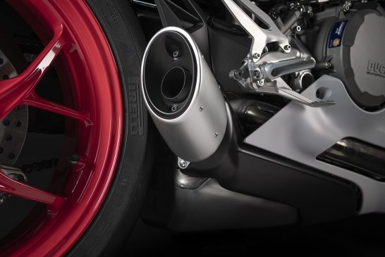 DUCATI_PANIGALE_V2 _White Rosso - Details__UC173823_Low