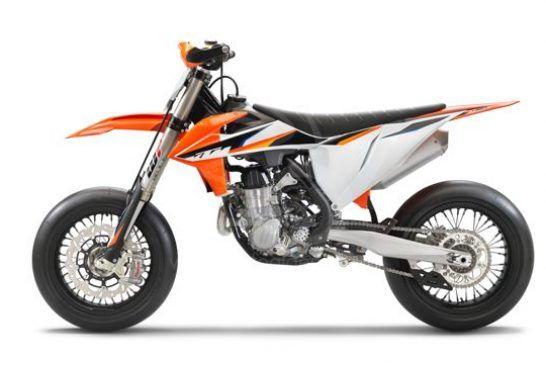 KTM 450 SMR 2021 studio4