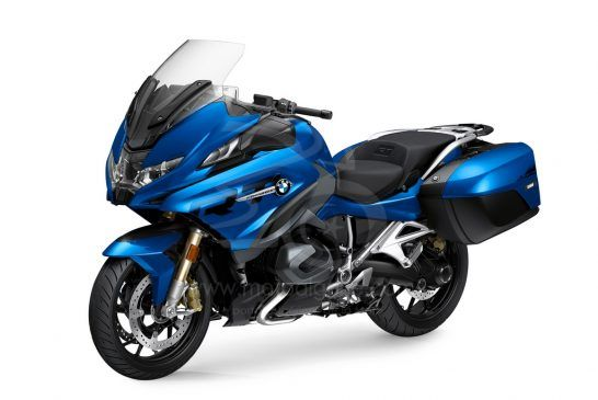P90402247_highRes_the-new-bmw-r-1250-rt 2021