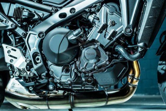 Yamaha MT-09 2021 - BmU57kKGKa5Ah_IIAAekrZ