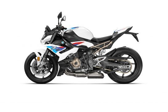 P90407258_lowRes_the-new-bmw-s-1000-r