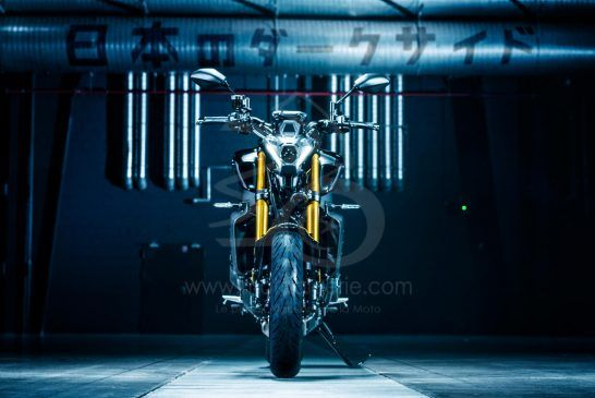 Yamaha MT-09 SP 2021 - 3