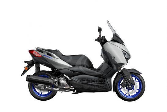 Yamaha XMAX 125 2021 02