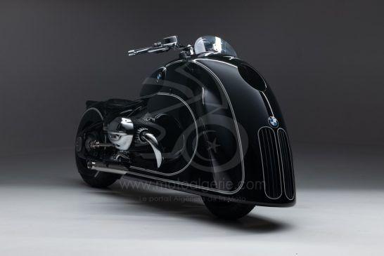 BMW R18 - Custom - P90411152_lowRes_-spirit-of-passion-b
