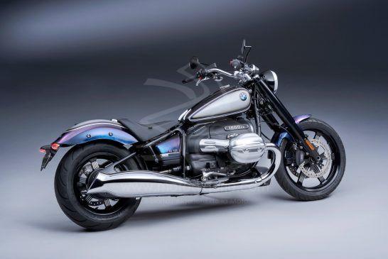 P90419779_BMW R 18 - Option 719 Galaxy Dust métallisé Titanium Silver 2 métallisé