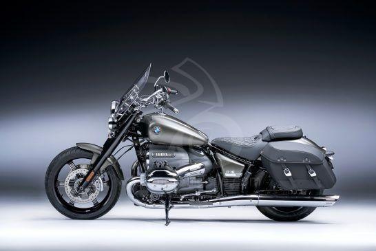 P90426081_BMW R 18 Classic Manhattan Mat métallisé