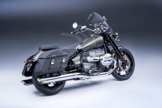 P90426083_BMW R 18 Classic Manhattan Mat métallisé