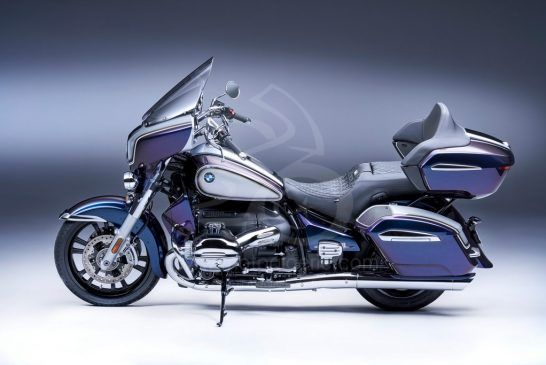 P90431075_lowRes_the-new-bmw-r-18-tra