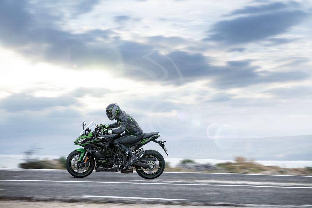 L'histoire de la Kawasaki Ninja 1000SX se poursuit en 2022